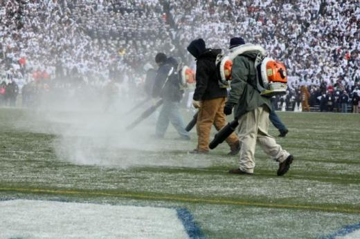 Flashback to the snowfall of the Michigan State game - November 2008.