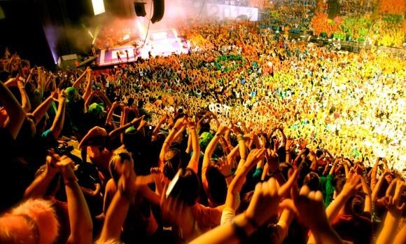 THON Crowd, Diamonds