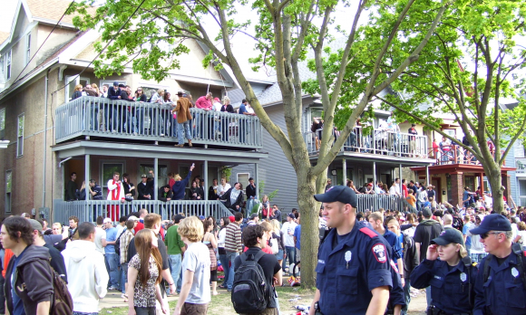 Mifflin_Street_Block_Party
