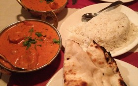 Chicken with naan and rice