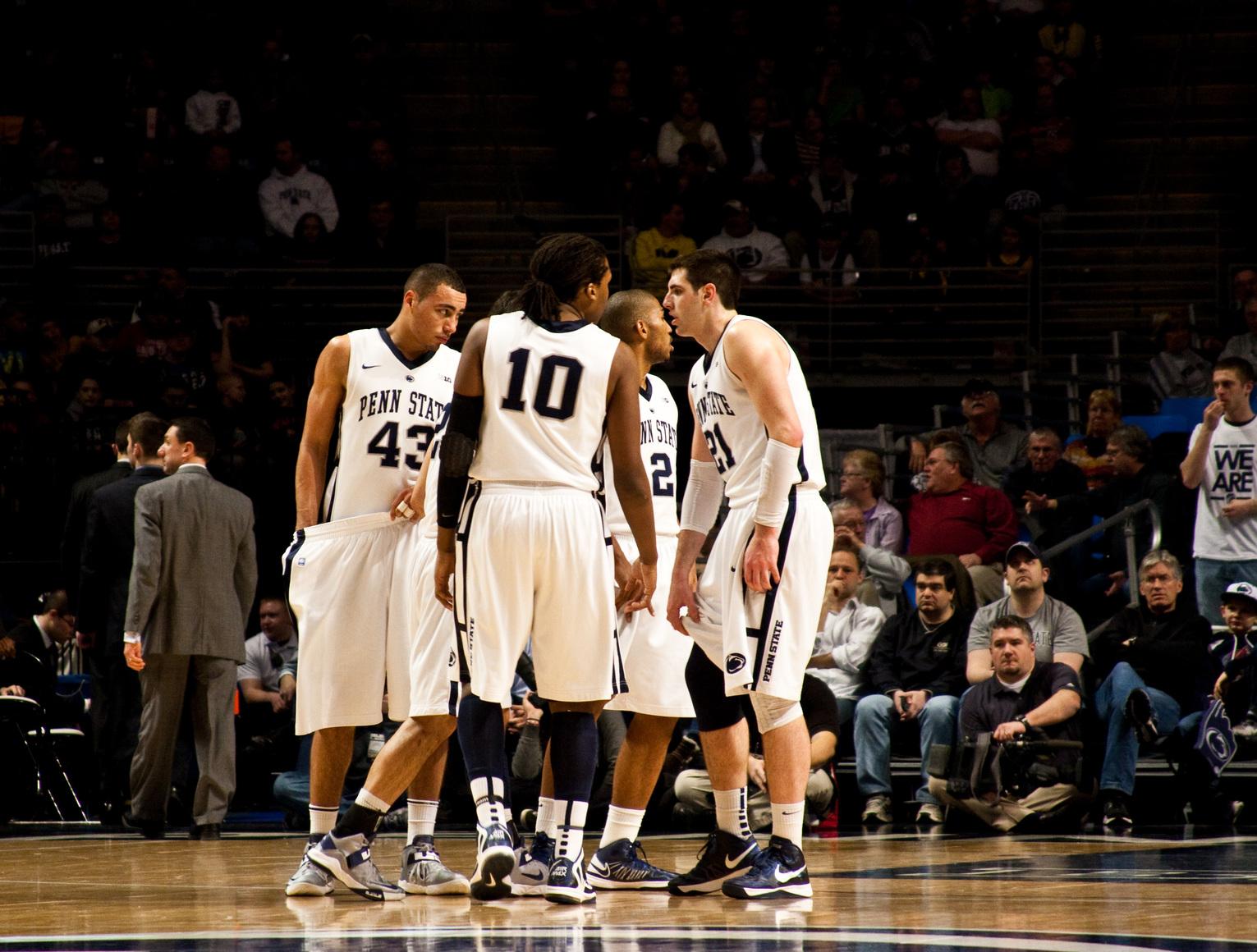 Penn State huddle.