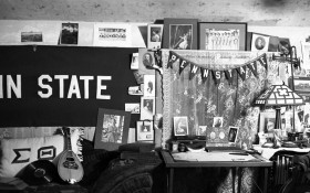 vintage-penn-state-dorm-room-rob-gates
