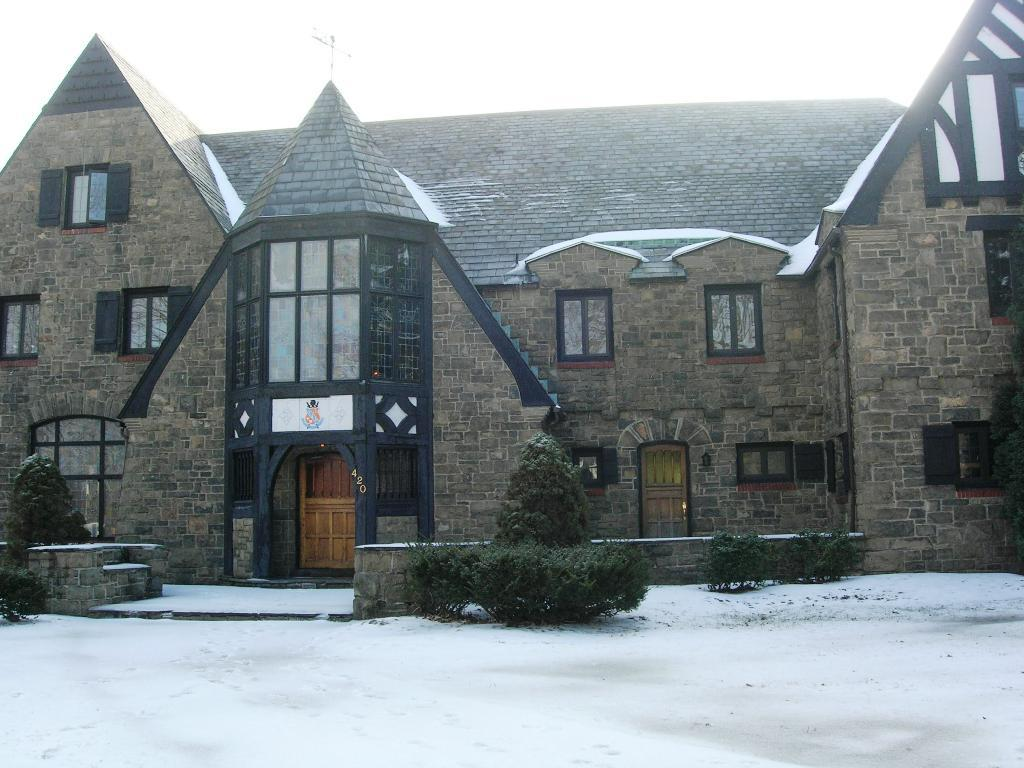 Two Students Break Into Fraternity House In Search of ...
