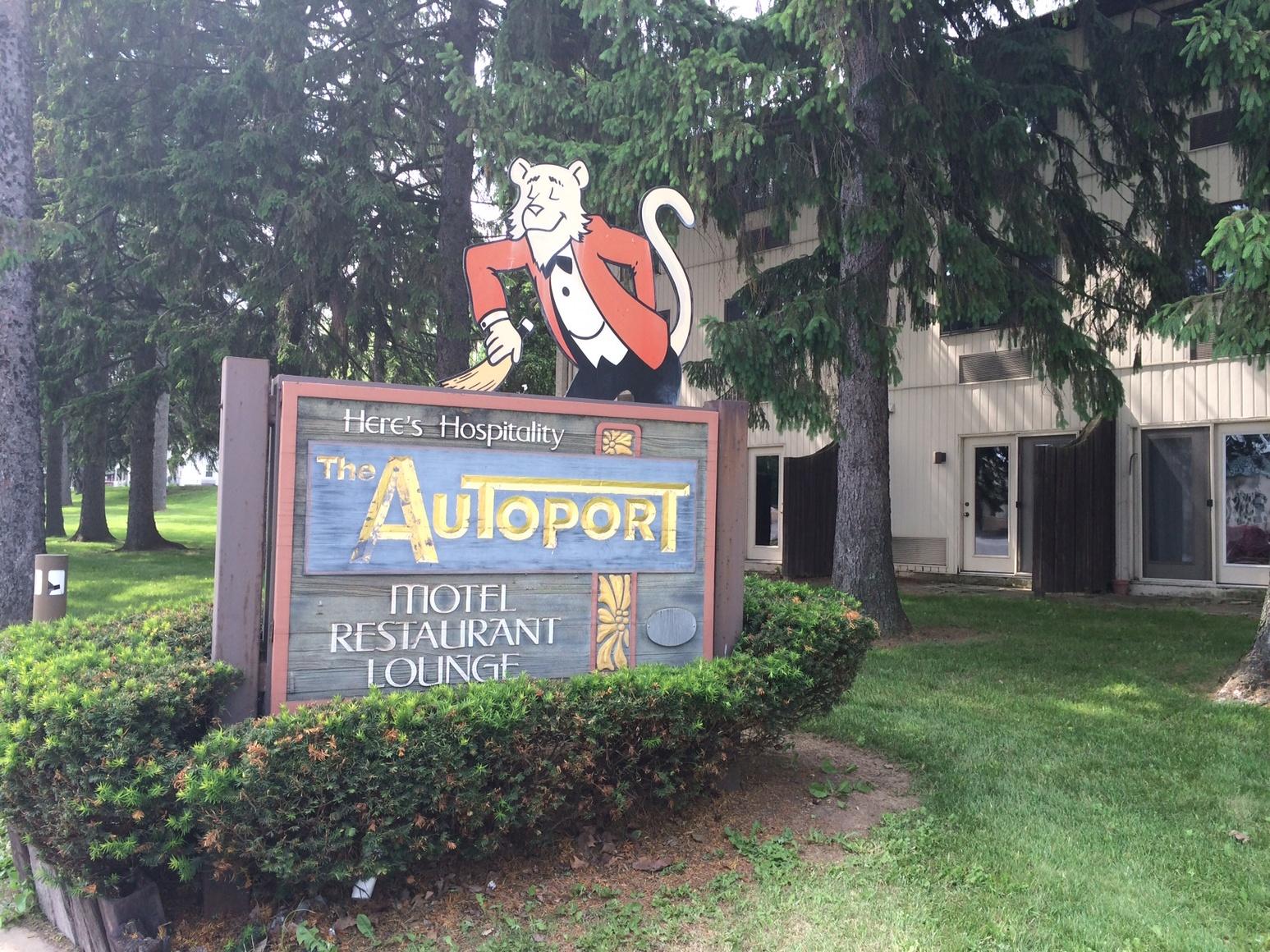 Autoport Motel State College Pa