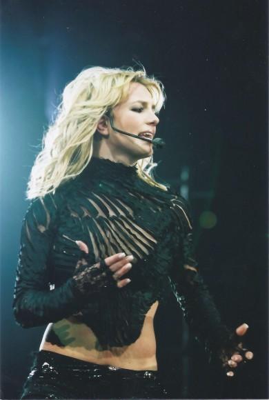 BritneySpears3_11.8.01