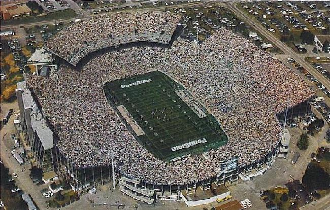 In 1991, an upper deck was dded to the North end zone increasing