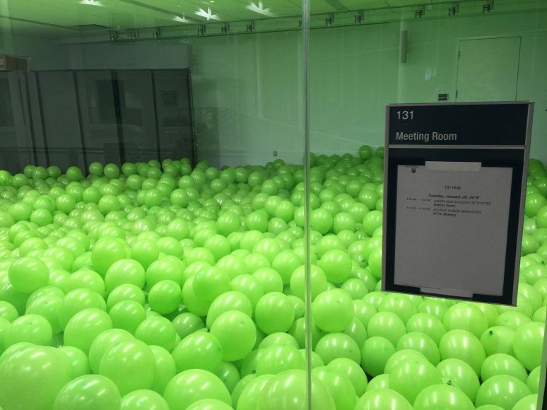 HUB Balloons Green Dot